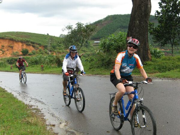Cycling-Dalat-Biking-Dalat-Bicycling-Dalat-Cycling-Vietnam-Mountain-Bike-Dalat